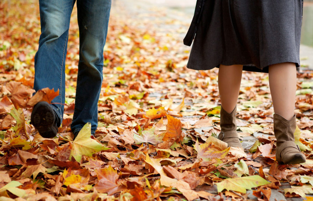 Dating couple In fall